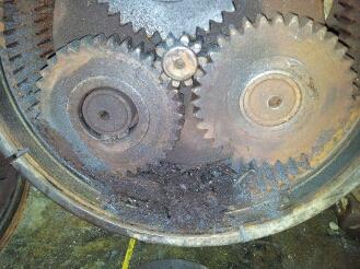 Final drive repairs | Trackworks